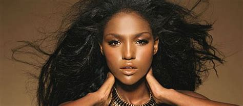 Vote Titi Aynaw (for Miss Universe)! – The Forward