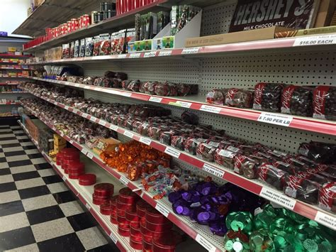 Nifty Nut House - 25 Photos & 59 Reviews - Candy Stores