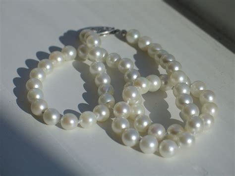 Vintage Cultured Pearl Necklace and 14k White Gold Clasp