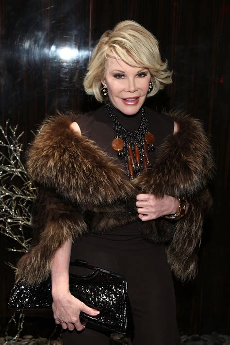 Joan Rivers's Doctor Reportedly Took a Selfie With Her